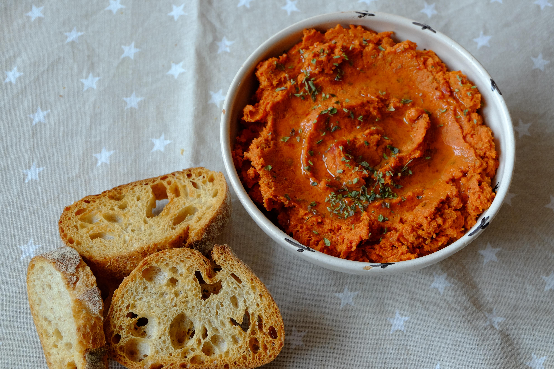 Paté de tomates secos y almendras