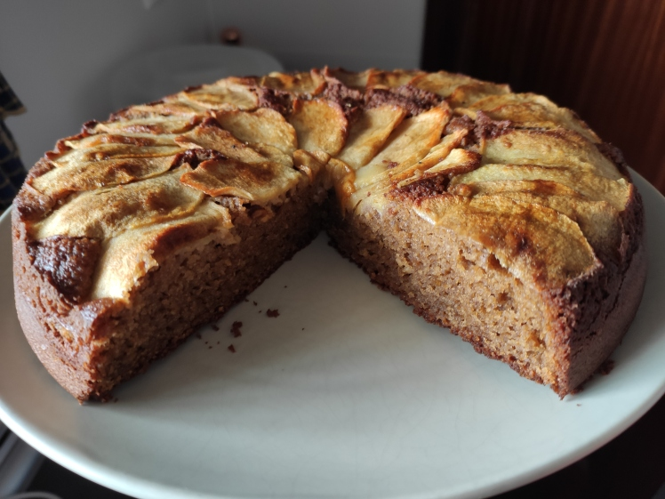 bizcocho sin gluten con manzana